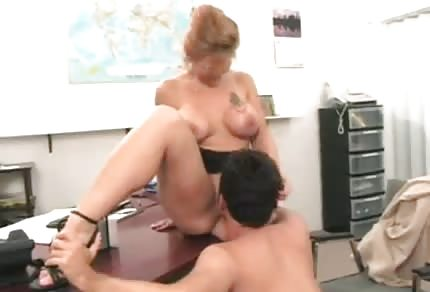 Mommy is fucking her boss