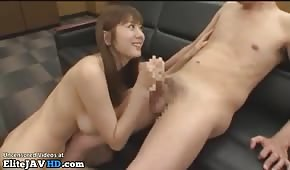 An Oriental secretary gives himself in the office