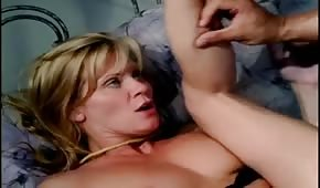 Cums on the sexy pussy of Ginger Lynn