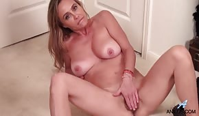 Naked mother caresses her unshaven pipette