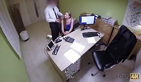 Hidden camera and fast sex in the office